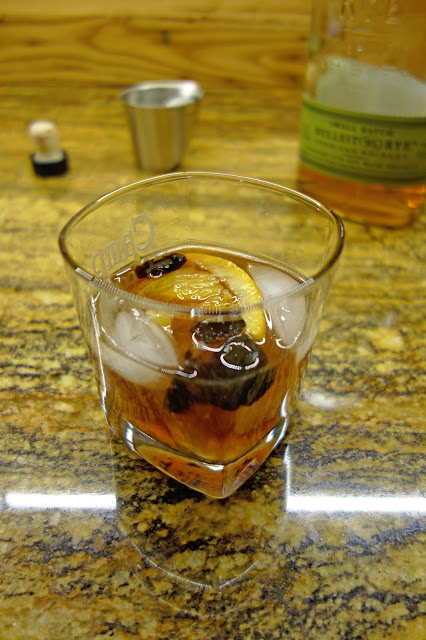 Old+Fashioned+-+Complete+Drink1