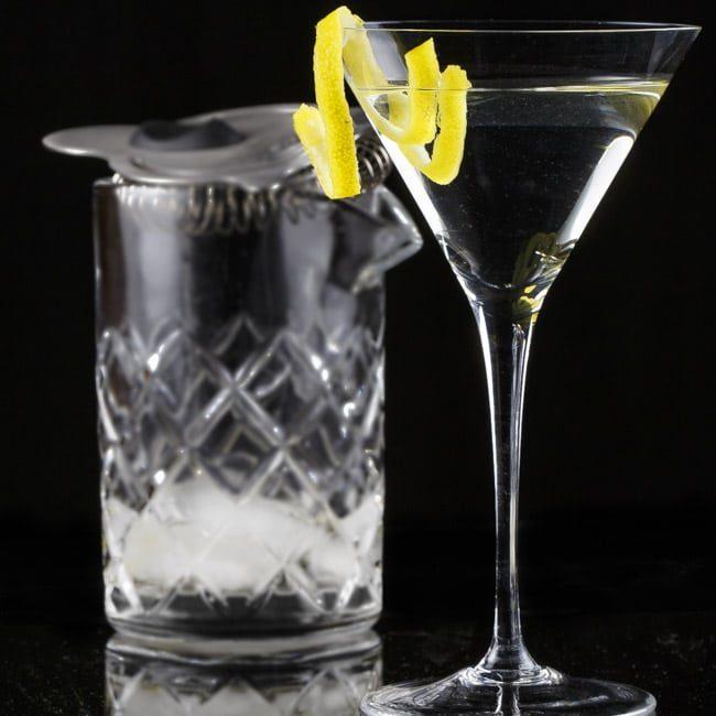 Consumatorium Classic Cocktails - Martini